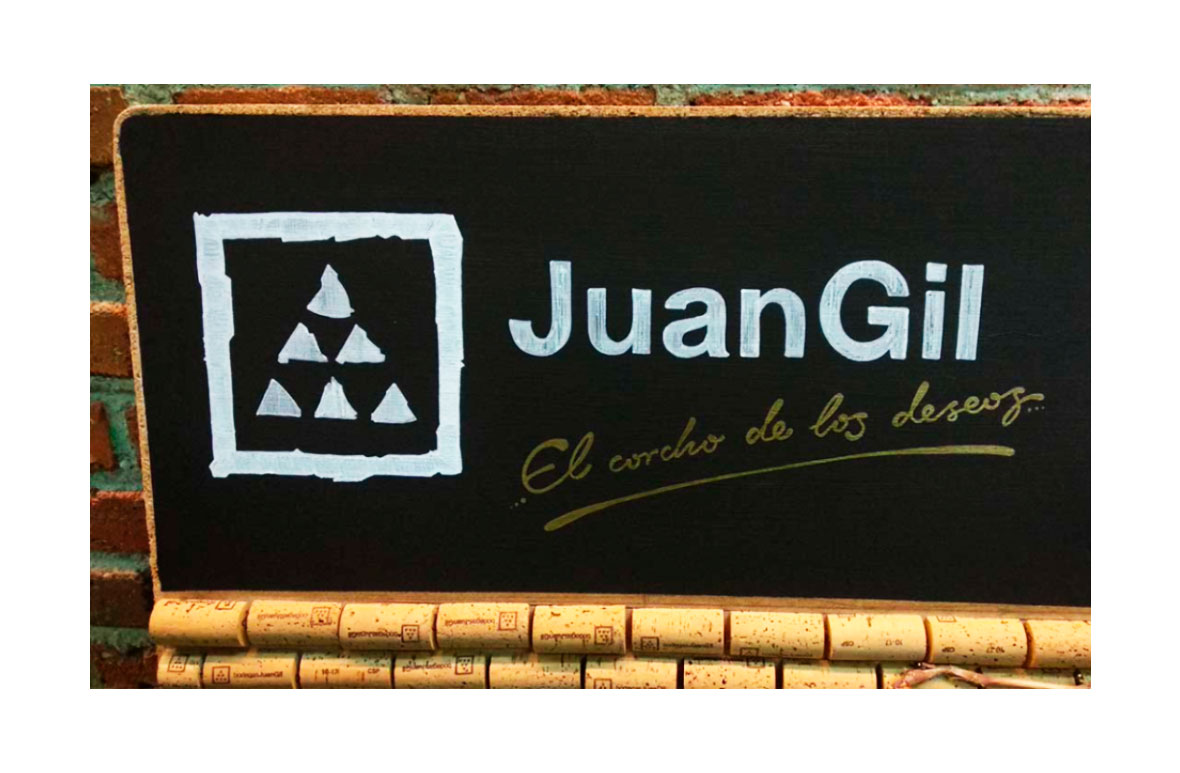 Bodegas de JuanGil cartel para FSO